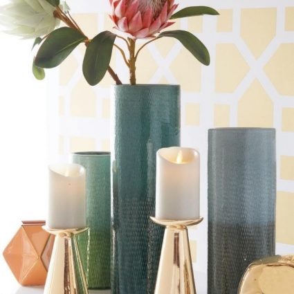 Flameless Candles Decorating Ideas for Spring